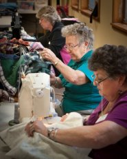 disaster-relief-quilting-our-savior-lutheran-church-0665