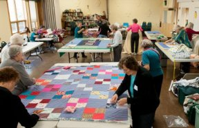 disaster-relief-quilting-our-savior-lutheran-church-0674